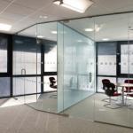 Divisoria de vidro temperado escritorio preço